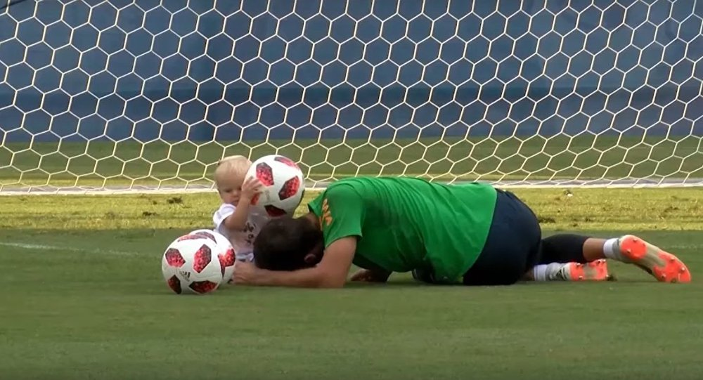 Dads And Kids: Brazilians Do Family Football Training in Sochi