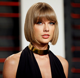 Singer Taylor Swift arrives at the Vanity Fair Oscar Party in Beverly Hills, California, U.S. on February 28, 2016